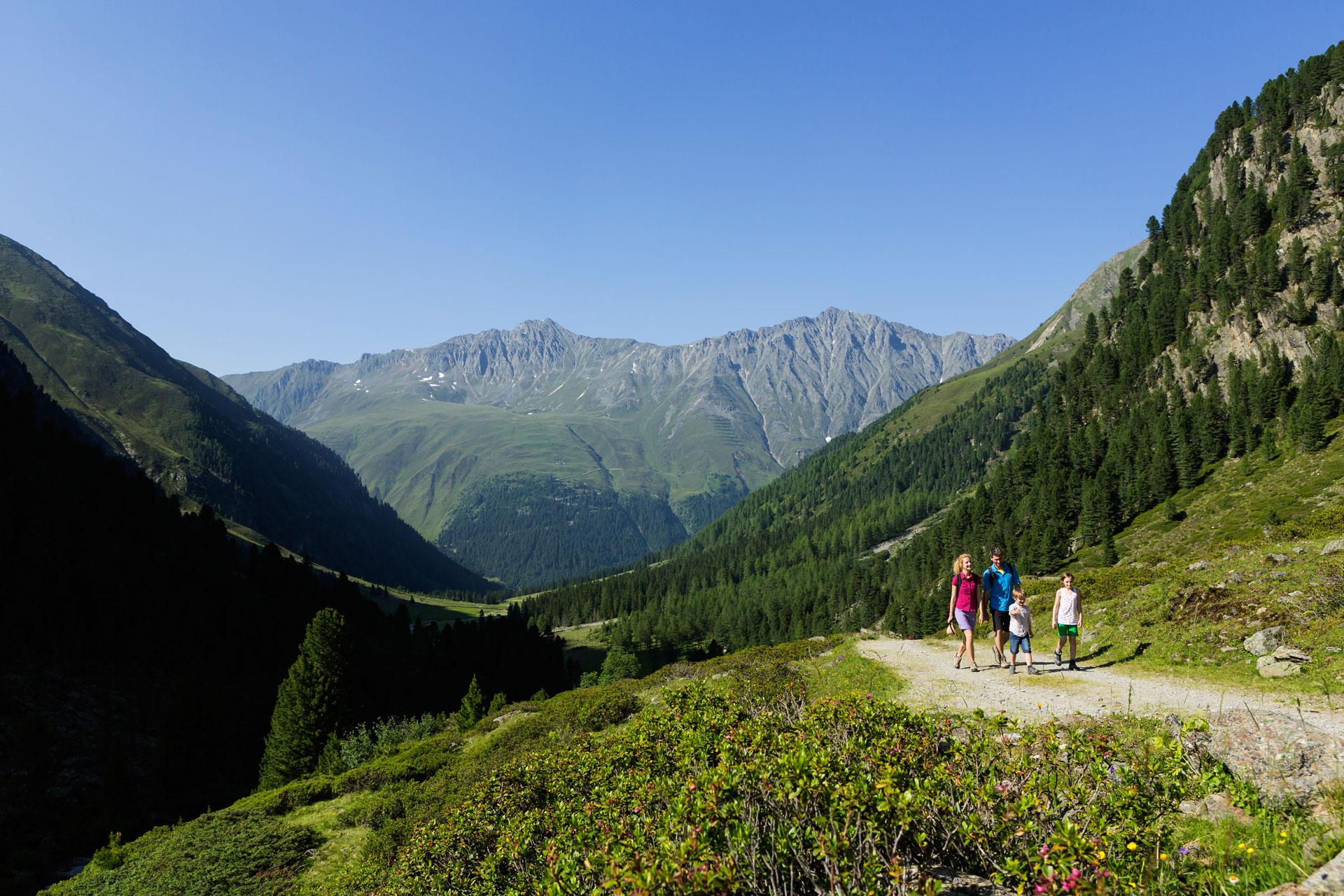 alpengasthof-dortmunder-huette-sommer-kuehtai-familien-ausflug